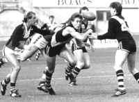 Alastair Lynch playing for Hobart in 1987